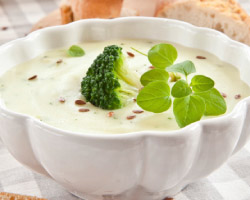 Super Fast Potato & Broccoli Chowder