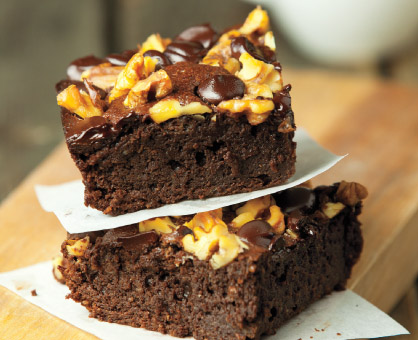 Chocolate Chunk-Walnut Brownies