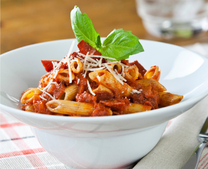Penne with Tomato Sauce & Turkey Bacon - Inspired Cooks